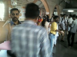 Staff of the RNTCP and LSS jointly conducting an awarness programme at Byculla Railway Station